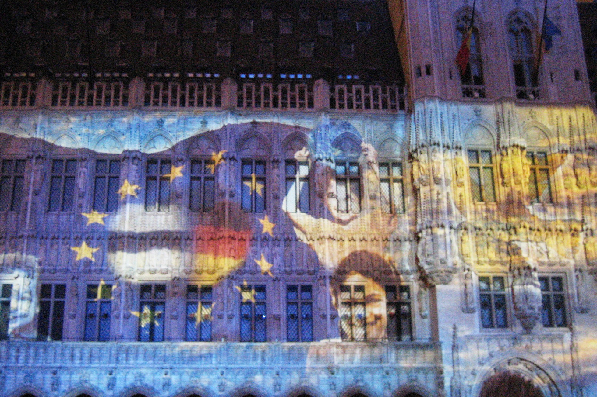 images projected on the Town Hall, Grand Place, Brussels
